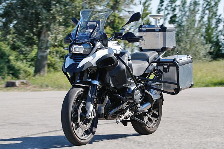 معرفى موتورسیکلت خودران بیامو