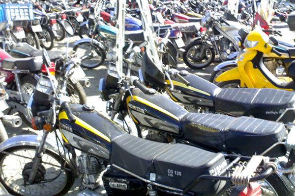 لزوم اجرای مصوبه اسقاط موتورسیکلتهای کاربراتوری از زمستان