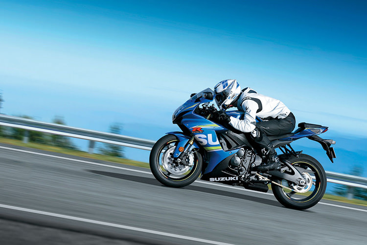 معرفى پتنت ایمنی سوزوکی که به بیشتر دیدهشدن موتورسیکلت در جاده کمک میکند