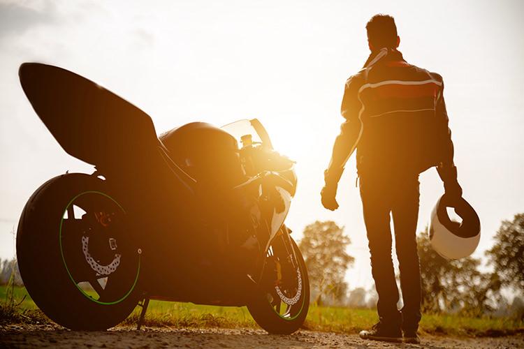 نقش مثبت موتورسواری در کاهش استرس