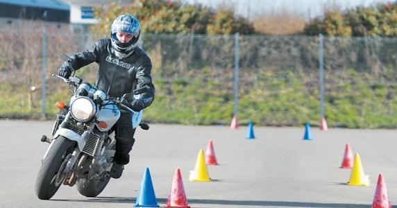 شرایط صدور گواهینامه موتورسیکلت