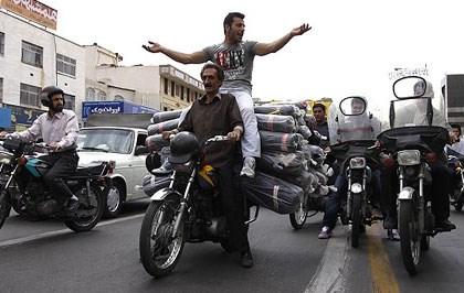 بررسى وضعیت ساماندهی موتورسیکلتهای تهران