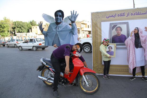 فرهنگ سازی برای استفاده راکبان موتورسیکلت از کلاه ایمنی در اصفهان