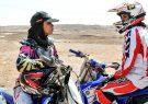 دوچرخهسورای و موتورسوارى زنان در خیابان با ماشین سواری آنها هیچ فرقی نمیکند