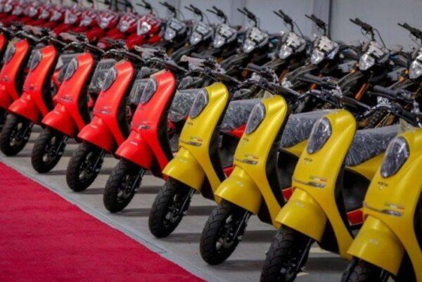 ٢٠ هزار دستگاه موتورسیکلت در راه مشهد/ ۴٠٠ هزار دستگاه موتورسیکلت بنزینى در مشهد