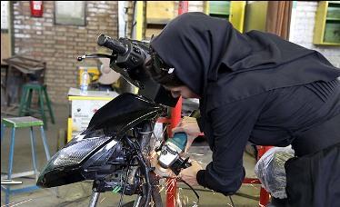 سپاه، ارتش و بنیاد برکت به کمک شرکتهای دانش بنیان در حوزه تولید موتورسیکلت بیایند