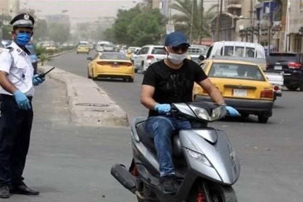 سوار شدن ۲ نفر بر موتورسیکلت در عراق ممنوع شد!