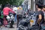 وجود بیش از ۶۰ هزار دستگاه موتورسیکلت در پارکینگ های تهران به دلیل تخلفات رانندگی/ ساماندهی موتورسواران با طرح جدید «موتوریار»
