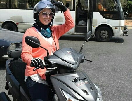 تاکسی موتوری زنان در لبنان