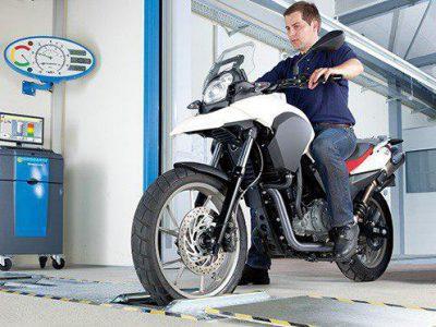 فقط ۱۴ موتورسوار در سال ٩٩ برای گواهی معاینه فنی مراجعه کرده اند/ ادعاى اثبات نشده درباره موتورسیکلت ها مجدد تکرار شد
