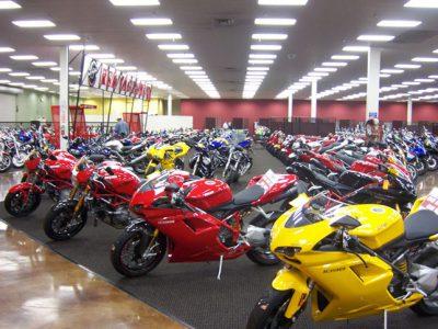 ابلاغ بخشنامه درباره موتورسیکلتهای مکشوفه به ظن قاچاق و فاقد اسناد مثبته گمرکی
