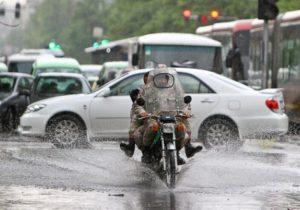 تردد موتورسواران و دوچرخهسواران تهرانی در روزهای بارانی ممنوع است
