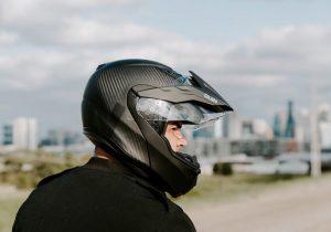 ساخت کلاه ایمنی هوشمند که بعد از تصادف درخواست کمک میکند
