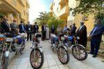 هدیه موتورسیکلت های پیشرو ۲۰۰ سی سی از سوی سازمان منطقه آزاد به پایگاه دریابانی جزیره قشم