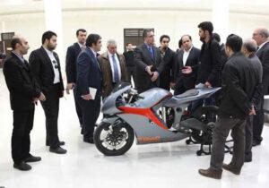 مسیر پیشرفت صنعت موتورسیکلت از شرکتهای دانشبنیان و دانشگاه میگذرد/ کاری کنیم با شنیدن نام ایران واژه انصاف به اذهان خطور کند