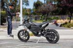 آمریکا در سال ۲۰۲۱ برای خرید موتورسیکلت برقی چگونه تسهیلات ارائه میدهد؟/ لابی موفق بزرگترین تولیدکننده موتورسیکلت الکتریکی آمریکا